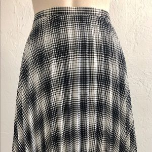 Vivian Tam starburst pleated skirt